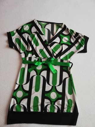 camiseta vestir escote pico
