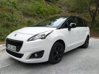 Peugeot 5008 2015