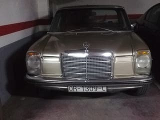 Mercedes-Benz w114/w115 1977