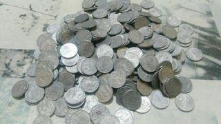 lote de 100 monedas de 10 centimos de 1953.