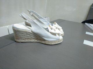 sandalias para novia Castañer