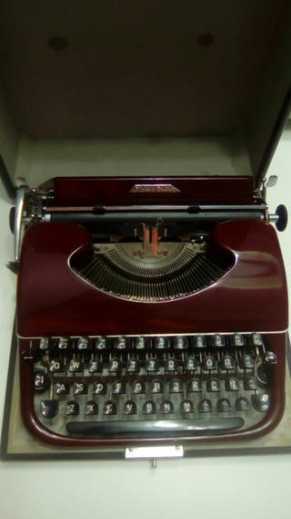 Máquina escribir PATRIA