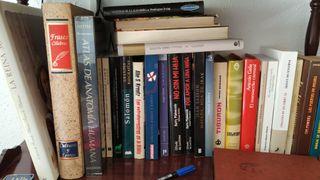 libros de diferentes autores
