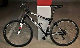 """Bicicleta de 26""""."""