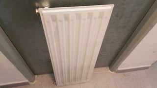 radiador plano Roca. 30x80 Sin uso