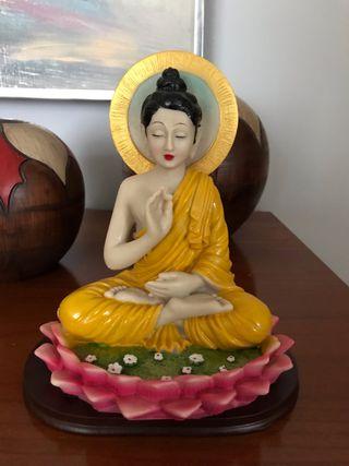 Figura Buda en flor de loto color
