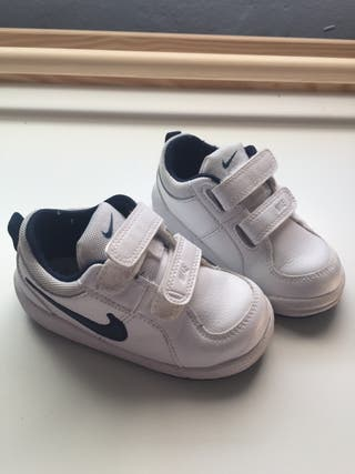 Zapatillas Nike bebé talla 23,5 europa de segunda mano por