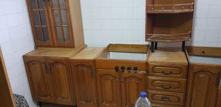 Cocina madera color nogal ckaro