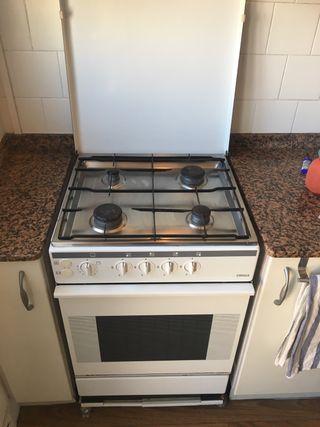 Cocina y horno butano