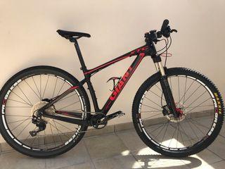 Bicicleta Giant de carbono 29' Talla M