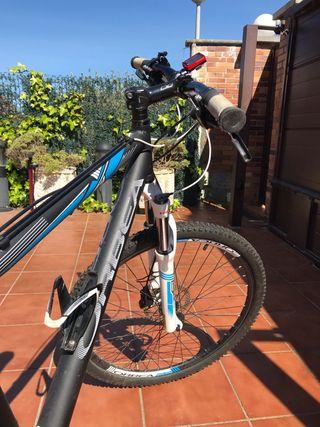 Bicileta Orbea + Rodillo + Hinchador