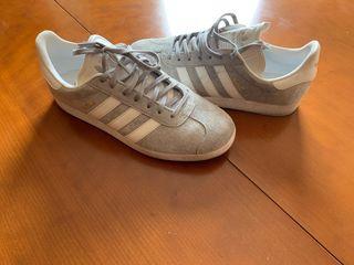 Adidas Gazelle Gris Talla 40