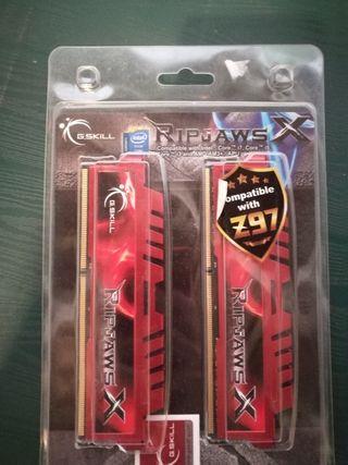 Memorias RAM 2X4GB a 1600mhz