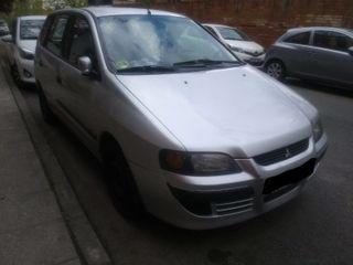 se vende coche Mitsubishi Space Star del 2005.