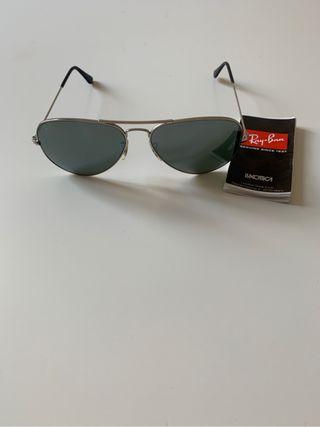 86c96149bb98c Gafas Ray Ban aviator de segunda mano en Madrid en WALLAPOP
