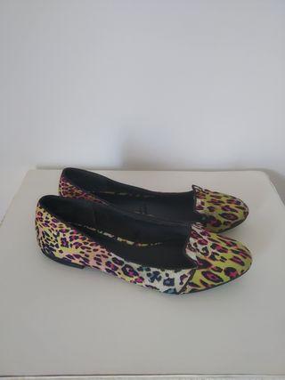 manoletinas de colores print-animal H&M talla 39