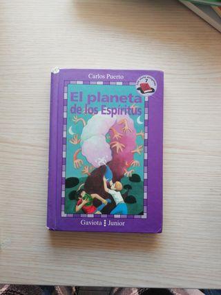 3 libros en castellano y 2 en ingles