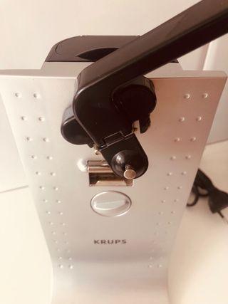 Abridor eléctrico de diseño con Afilador Cuchillos
