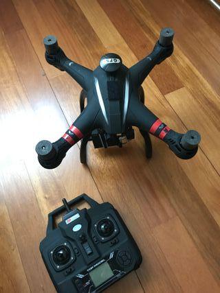 DRONE BAYANGTOYS X22 CON MOCHILA Y ACCESORIOS