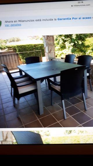 mesa sillas de jardin
