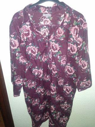 vestido fondo granate con flores talla 46