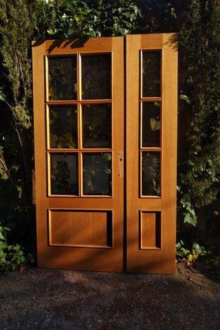 Puerta doble interior
