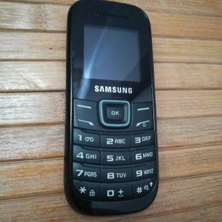 Teléfono movil SAMSUNG