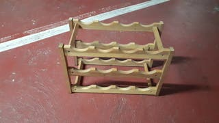 Botellero de madera pequeño