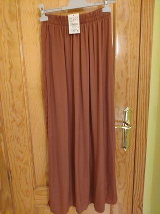 Falda larga lisa