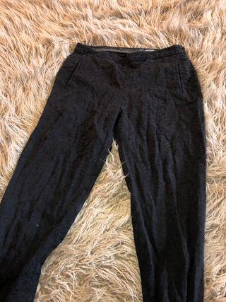 a1067f11e Pantalones Zara de segunda mano en Puente Arce en WALLAPOP