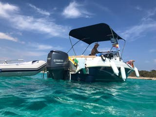Barca cap camarat 5'5 Wa con remolque