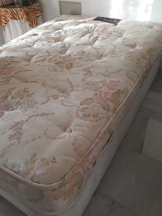 colchón 1.35 y canapé