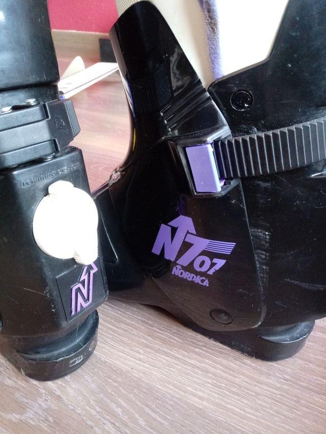 Esquis con botas