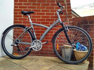 Bicicleta de ciudad , montaña , paseo