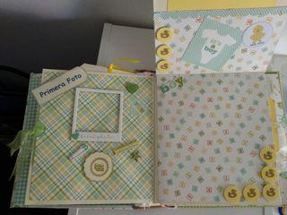 album recuerdos bebé scrapbook