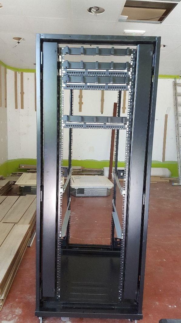 Armario rack informático