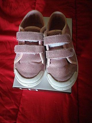 zapatillas niña n.27