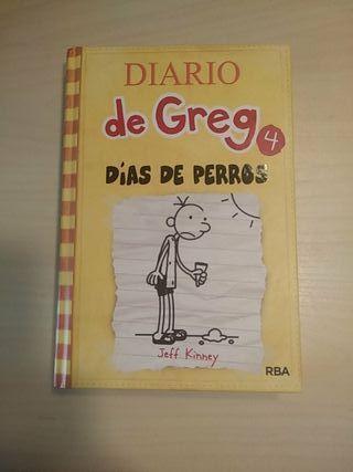 """El diario de Greg """"dias de perros"""" 4"""