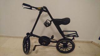 Bicicleta Strida plegable -rota