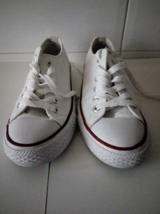 zapatillas niña blancas