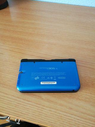 NINTENDO 3DS XL con SUPER MARIO 3D LAND