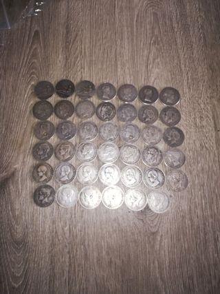 41 monedas de plata.