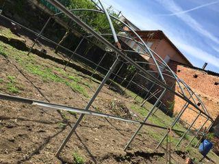 Estructura de invernadero galvanizado