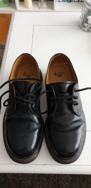 En Segunda Wallapop Provincia A Zapatos La De Martens Mano Coruña tQsrdhC