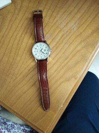 reloj marca Robinson