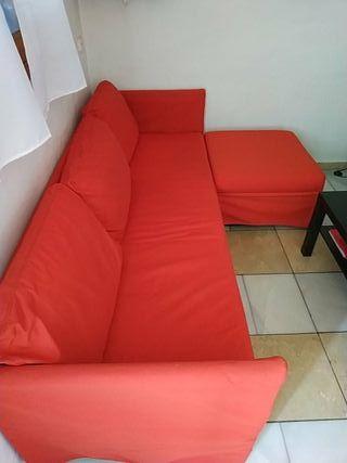 Se vende sofa tres plazas con diván