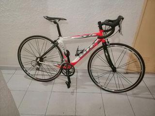 Bicicleta carretera BH RACE ONE