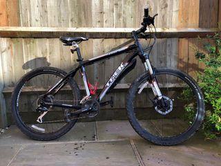 Trek 4300 hardtail bike