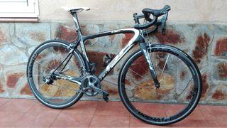 Vendo bicicleta de carretera BH RC1 Carbono