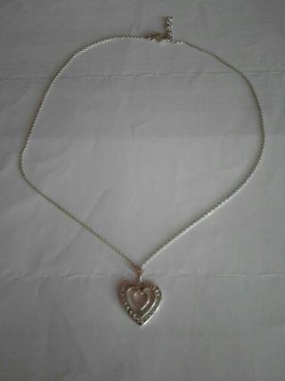 cadena y colgante de carazon en plata
